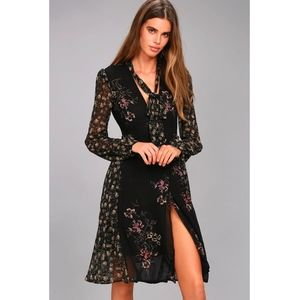 ASTR the label Floral Wrap midi dress - Medium